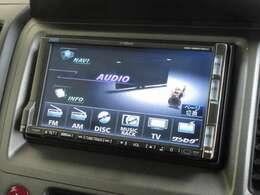 ナビゲーションはギャザズHDDナビ(VXH-089CVduo)を装着しております。AM、FM、CD、DVD再生、音楽録音再生、ワンセグTVがご使用いただけます。初めて訪れた場所でも道に迷わず安心ですね!