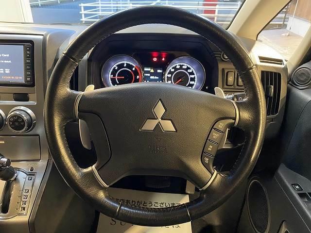 【クルーズコントロール】アクセルペダルを踏まずに設定した車速を保つ事が出来ます。高速運転やロングドライブで活躍します。