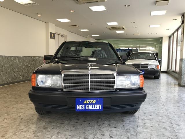 1989年式190E1オーナー5.9万km禁煙ガレージ保管D車新車時から令和2年7月までヤナセ様整備記録簿完備素晴らしい状態のW201を直接お客様にお譲りいただきました。当時を思い起こさせる状態です。