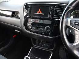 【 純正7型ナビ 】AM,FM,CD,DVD,SD,Bluetooth,USB,フルセグ