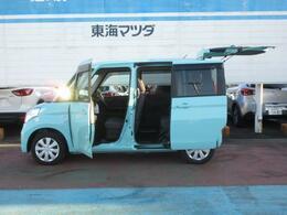 メーカーオプションで両側電動スライドドア付き。乗り降りや荷物の積み下ろしも容易に行えます。
