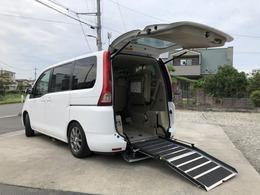 日産 セレナ 2.0 20S チェアキャブ スロープタイプ 車いす1名 送迎仕様 福祉車両 電動固定 オートステップ Tチェン