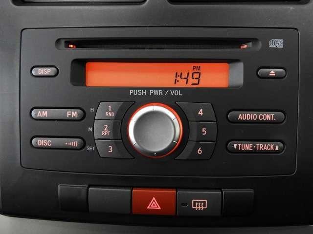 【オーディオ機能】CDプレーヤーを装備♪もちろんFM/AMラジオもお聞きいただけますよ♪