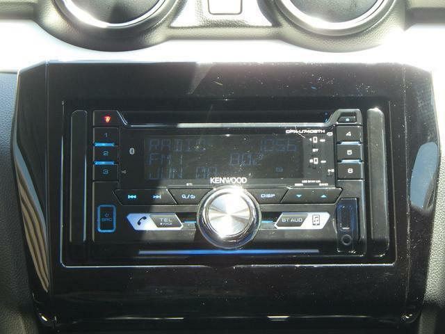 ケンウッドのブルートゥース対応のCDプレイヤー!お気に入りの音楽を聞きながらドライブなんていかがでしょうか??