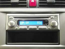 純正CDプレーヤーが付いています。ナビゲーションへ入れ替えについてもご相談ください!