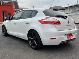 全車2ヵ月または2000キロの無料保証付き販売なので安心です。
