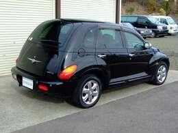 お手軽に乗れるアメリカ車で雰囲気があります。独特なデザイン。使いやすい大きさです。
