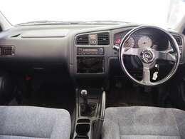 室内ルームクリーニング済みです。タバコの嫌な臭い等無く、快適にドライブしていただけます。