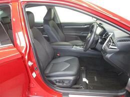運転席のシートが電動のため、微調整がしやすく最適なシートポジションを取りやすいです。
