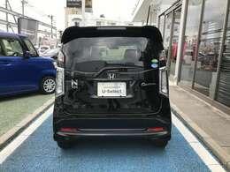 こちらのお車は、新車保証を継承してお渡し致します。日本全国該当車種取扱ディーラーで保証を受けることが出来ます。