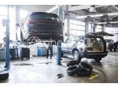 全車ディーラーもしくは認証工場での車検整備を行い、法廷12か月点検も行っております。全ては皆様の安全を守るためです!