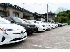 【高品質・低価格・展示台数100台】カーズ大阪の強みは「総額30万円以内の低価格中古車」ラインナップ豊富に取り揃えています!