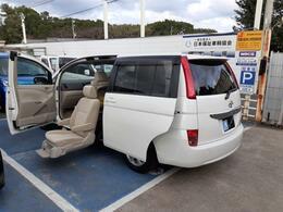 トヨタ アイシス Lサイドリフトアップシート車 車イス 福祉車両