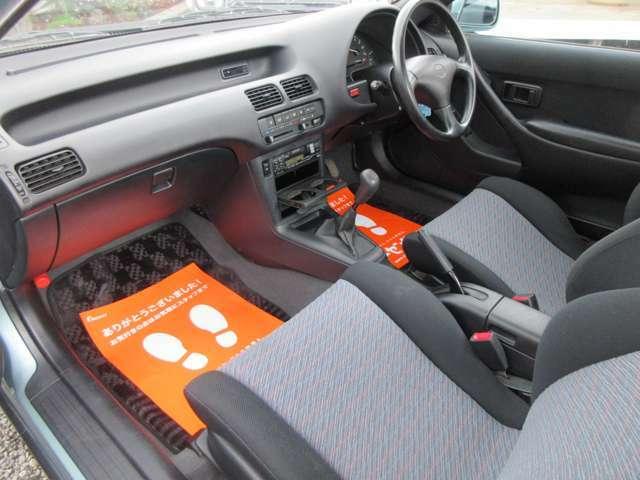 清潔感に包まれたお車です。汚れやダメージも無ければ欠損箇所もございません。どなたでも気持ち良くお乗り頂けるコンディションに違いございません。