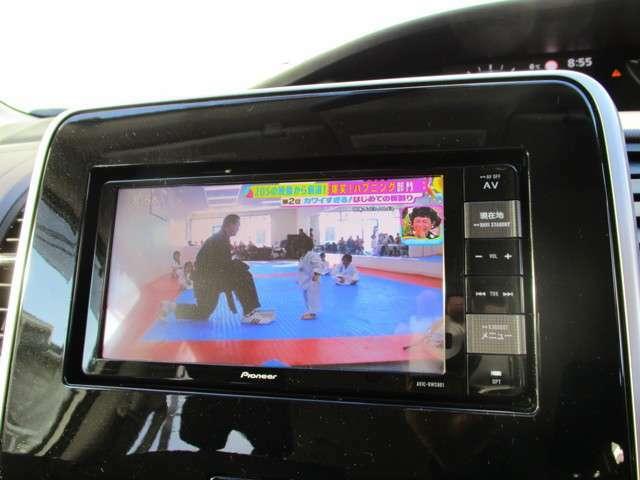 純正2DINナビゲーション・フルセグTV・ビデオ再生・CDステレオ・タッチパネル・ドライブレコーダー付き