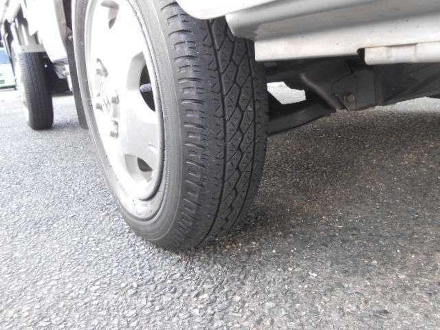 タイヤも溝しっかりとあります♪