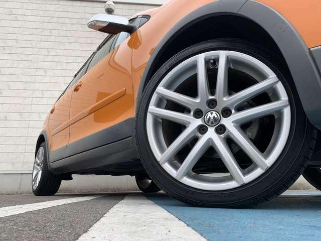 【純正アルミホイール】タイヤ交換・社外アルミホイールへの変更も承ります!お気軽にお問い合わせください!!