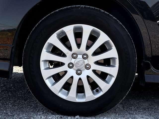【アルミホイール】純正16インチアルミホイールです。タイヤ溝も残っておりますので、安心して乗ることが出来ます。