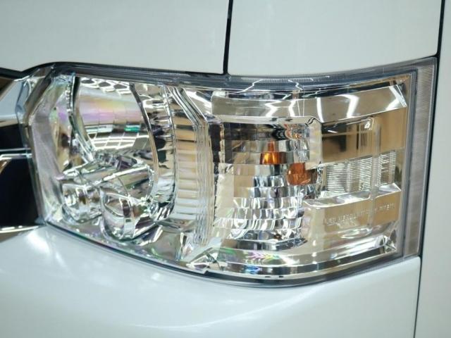 LEDヘッドライトで夜の運転も安心です♪