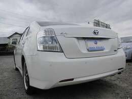 店頭のお車には、車検対応の物でありましたらカスタマイズオプションも可能です!アルミのインチアップ等も是非ご相談ください(^◇^)