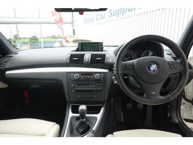 BMWの内装は何年乗っても飽きがきません!