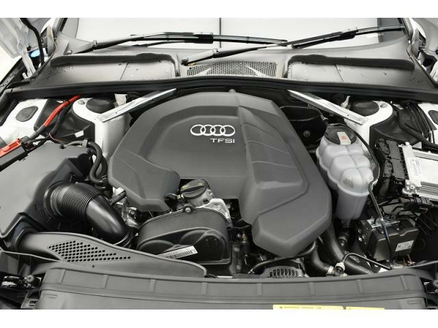 ●35TFSIエンジン『入庫時の状態もとても良く、エンジン機関も良好!ぜひ一度現車を御覧下さい!他にも多数の在庫を展示!』