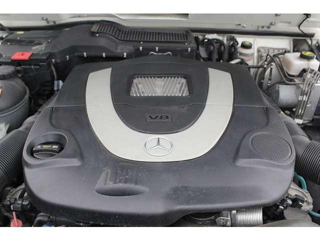 ■出力387ps(カタログ値)■トルク54.0kg(カタログ値)■V型8気筒DOHC■排気量5461cc■エンジンルームも綺麗です!エンジン下のオイル漏れも御座いません。■