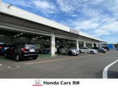 整備工場も完備しております。ご購入後の点検整備、車検などお車の事ならお任せ下さい。