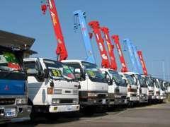 ★クレーン車・ダンプ・Wピック・トラック各種揃えてます。