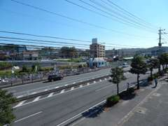 ☆国道10号線沿い敷戸駅前☆大型バス・中型・小型トラック・特殊車両多数あります!!まずはお気軽にお電話下さい☆