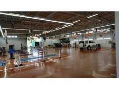 サービス工場併設で、アフターフォローも迅速に対応いたします!