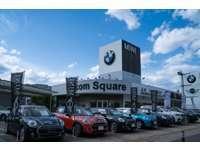 Balcom Square null
