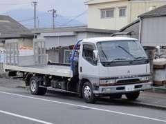 積載車もございますので急なトラブルや納車などお任せください。