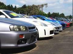 在庫も県下ではなかなか見ない走り屋、スポーツカー、チューニングカーなど幅広く在庫として展示しています!!