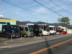 バス、トラック、レンタカー展示場http://www.autoandpal.com/