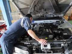 納車整備だけでなく、納車後のメンテナンスや車検などもお任せ下さい。