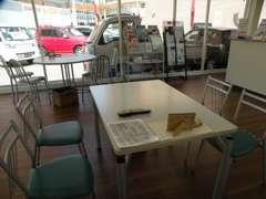 カフェのような空間でくつろぎのひと時を♪