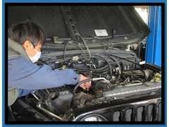 国産、輸入車問わず整備についてもお任せください。もちろん納車前には安心してお乗りいただけるよう徹底的に整備しています。