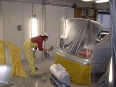 板金塗装おまかせ下さい!ちょっとした凹み、小さいえくぼ状の凹みなど、鈑金塗装しなくても修理できることをご存知ですか?