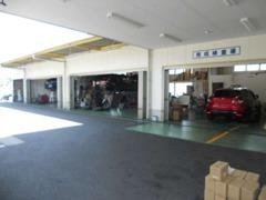 安心の指定工場完備しています車の事なら何でもお任せください