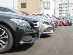 当社下取1オーナー車を中心に厳選した上質な車両のみを展示。デモカーや登録済未使用車が入庫するのも正規ディーラーならでは。