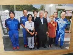 2016年6月、スズキ株式会社の鈴木修会長が来店されました!とっても親しみやすい方でした。