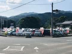 全車支払総額表示!!全車6ヶ月保証付き販売!確かな整備の関東運輸局指定工場完備!