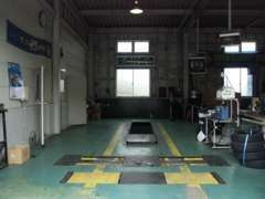 民間車検工場☆自社でできる車検だからこそお安く・早く・そして丁寧な点検を実施しております。50年の実績はココにあり♪