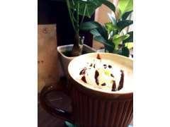 カフェメニューが、HOT・ICE合わせてなんと22種類できました。カフェだけの利用もOKですよ。ぜひぜひ足をお運びください。