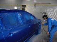 【自社鈑金塗装工場完備】小さなキズ・凹みから、大きな修理、コーティングも。経験豊富な熟練職人がプロの仕事をさせて頂きます