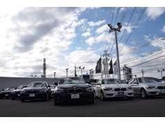 東関東自動車道・千葉北インターから5分!好立地、展示場です♪