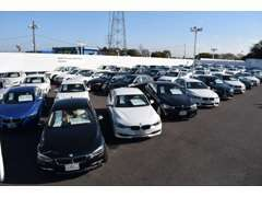 常時120台の展示車の中からお好みの車両をご案内致します♪