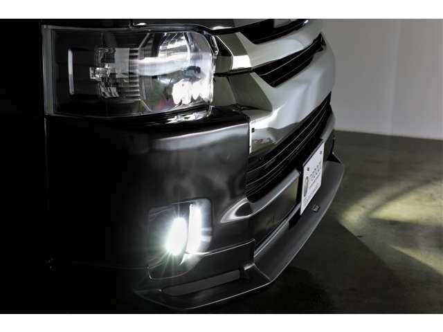 【リブートの写真掲載へのこだわり】お車のナイトシーンや内外装のランプ類のカラーリングや点灯シーンなど夜のお車の状態を出来る限り紹介しております♪