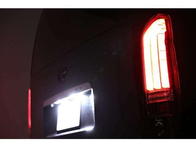 弊社ホームページ【http://reboot-cars.jp】を御覧下さい会社や私達の紹介の他に弊社商品に秘められた 「こだわり」や「熱意」 等がよくわかります。弊社の在庫車は一味も二味も違います。